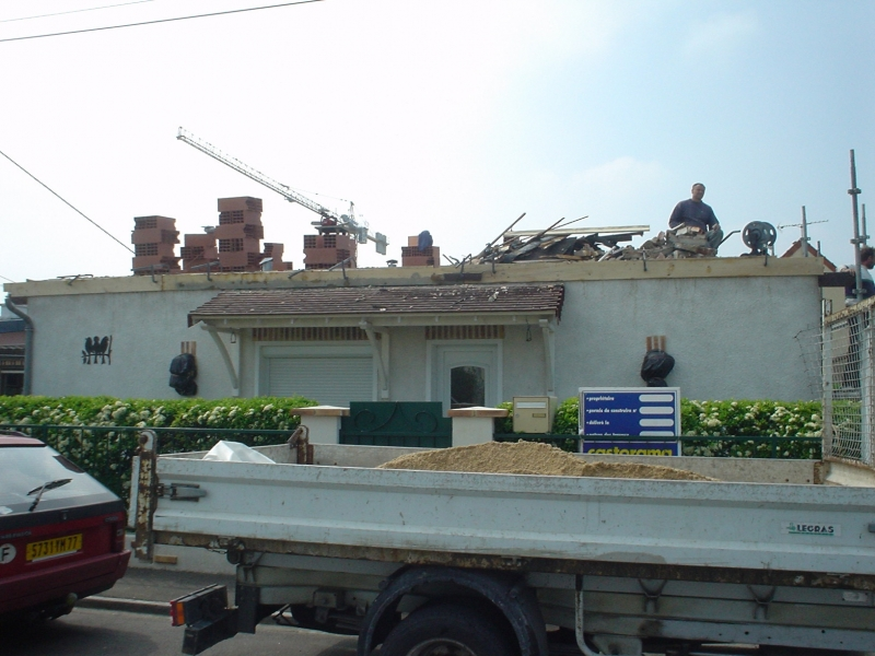 R haussement toiture meaux melun metz for Rehaussement de toiture